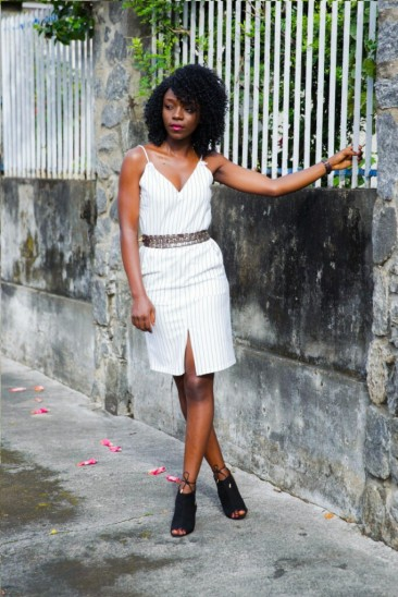 how-moji-styled-it-off-with-the-sleeves-11